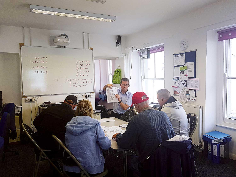 Oasis-Maths-Workshop-with-Robert